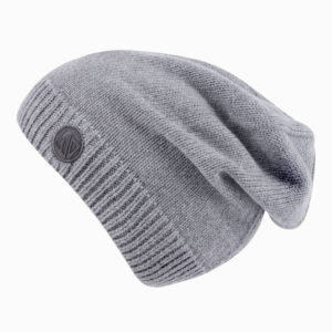 Демисезонная шапка серая бини